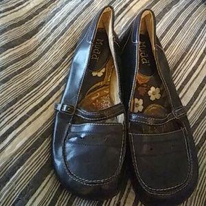 Black flat shoes Mudd size 8 med